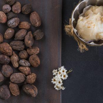 Świeca sojowa do masażu z masłem shea